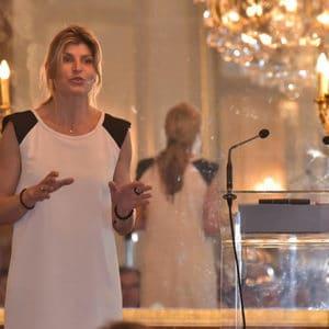 Karine Baillet lors d'une conférence pour KBO
