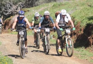 L'équipe de KArine Baillet lors d'un trail