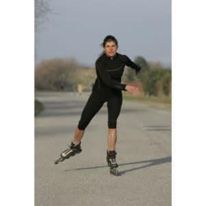 Karine Baillet sur les pistes cyclables du Touquet à roller