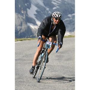 Karine Baillet pendant l'étape du Tour organisée par ASO descente