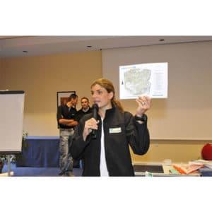 Karine Baillet lors d'un briefing au Touquet pour un séminaire de KBO