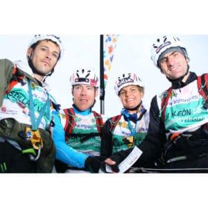 Karine Baillet à l'arrivée d'un raid en espagne avec son team wilsa sport
