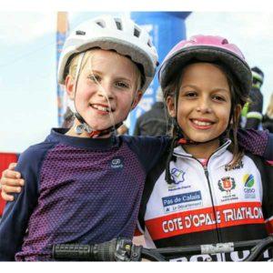 Jeunes participantes sur le touquet Bike&run organisé par Karine Baillet Organisation