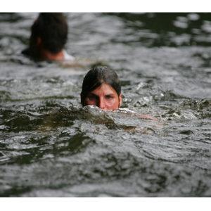 Karine Baillet sur la section nage d'un raid